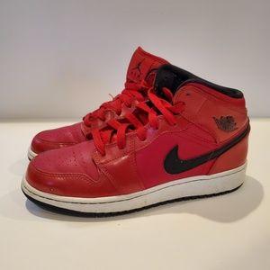 Air Jordan 1 Retro Mid GS 'Gym Red' SKU: 554725 60